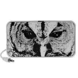 Mrs Owl Mar2015 - Black on White Travelling Speaker