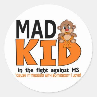 Ms enojado del niño