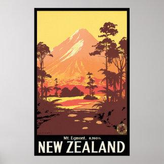 Mt Egmont Nueva Zelanda Posters