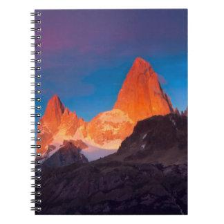 Mt Fitz Roy en la salida del sol Libro De Apuntes