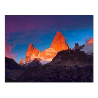 Mt Fitz Roy en la salida del sol Postales