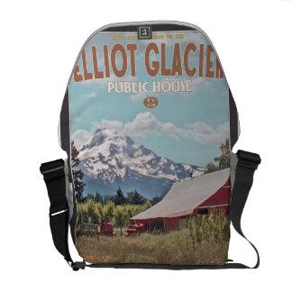 Mt Hood - Elliot Glacier Public House Messenger Bag
