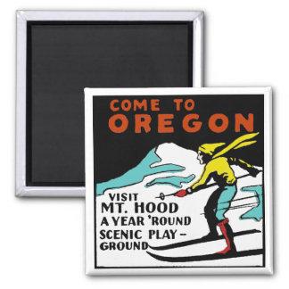 Mt. HOOD OREGON - Vintage Travel Magnet