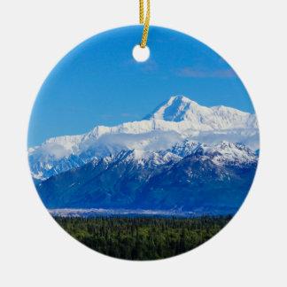Mt majestuoso McKinley Adorno Navideño Redondo De Cerámica