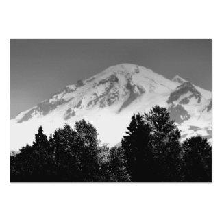 Mt. Panadero a través de árboles Tarjetas De Visita Grandes