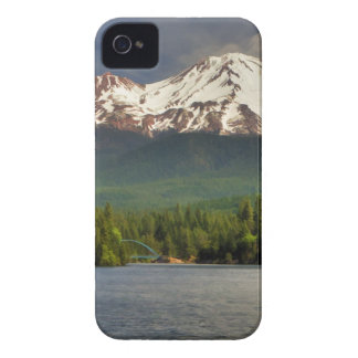 MT SHASTA FROM LAKE SISKIYOU Case-Mate iPhone 4 CASE