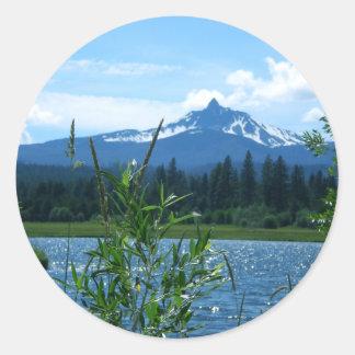 Mt. Washington Classic Round Sticker