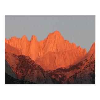 Mt. Whitney en el amanecer… Tarjeta Postal