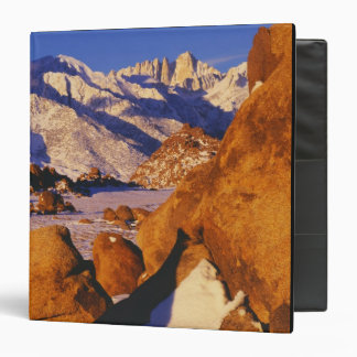 "Mt. Whitney y pico solitario del pino Carpeta 1 1/2"""