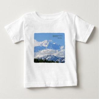 Mtns es la llamada/Mt McKinley Playera De Bebé