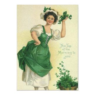 """Muchacha del día de St Patrick del vintage, Invitación 5"""" X 7"""""""