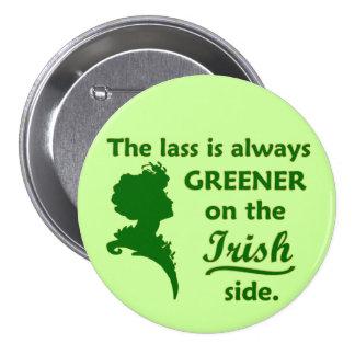 Muchacha irlandesa verde grande pin redondo de 3 pulgadas