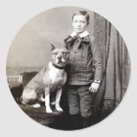 Muchacho 1890 y su Staffordshire Terrier americano Pegatinas Redondas