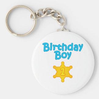Muchacho 1 del cumpleaños del sheriff llavero redondo tipo pin