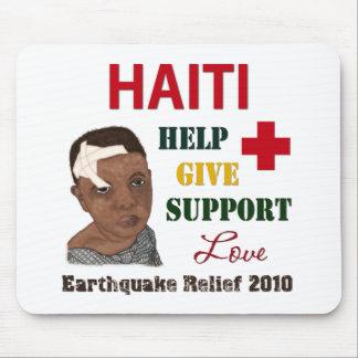 Muchacho 2010 del alivio del terremoto de Haití Alfombrilla De Ratones