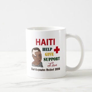 Muchacho 2010 del alivio del terremoto de Haití Taza