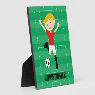 Muchacho adaptable 1 del fútbol rojo y blanco placas para mostrar