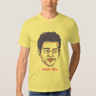Muchacho asiático remeras