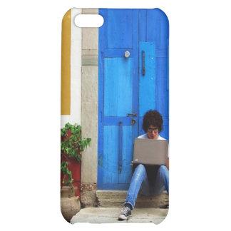 Muchacho azul de la puerta