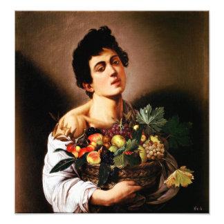 Muchacho de Caravaggio con una cesta de fruta