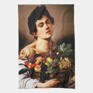 Muchacho de Caravaggio con una cesta de fruta Toallas De Cocina
