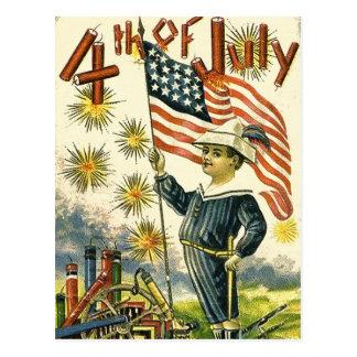 Muchacho de la bandera el 4 de julio postales