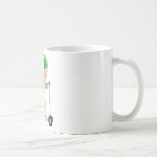 Muchacho de la vespa taza básica blanca