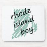 Muchacho de Rhode Island en el mapa de Rhode Islan Alfombrilla De Ratones