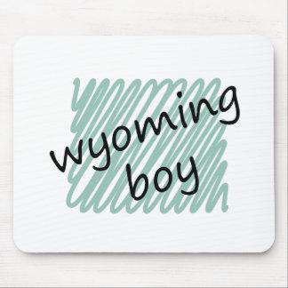 Muchacho de Wyoming en el dibujo del mapa de Wyomi Alfombrilla De Raton