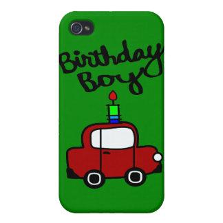 Muchacho del cumpleaños con la vela y el coche iPhone 4/4S funda