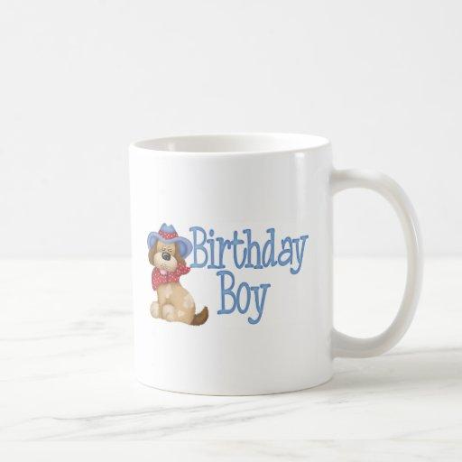 Muchacho del cumpleaños del perro del vaquero taza clásica