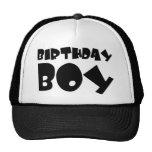 muchacho del cumpleaños gorro de camionero