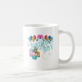 Muchacho del cumpleaños taza