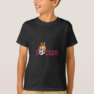 Muchacho del fútbol camisas
