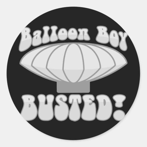 Muchacho del globo reventado pegatina redonda