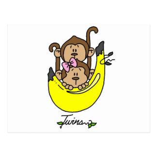 Muchacho del mono y camisetas y regalos gemelos postal