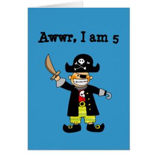 muchacho del pirata de 5 años tarjeta de felicitación