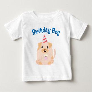Muchacho dulce del cumpleaños del perro de perrito tee shirt
