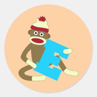 Muchacho E del monograma del mono del calcetín Etiquetas Redondas