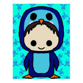 Muchacho en el juego de pingüino (club de Kawaii) Tarjeta Postal