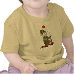 Muchacho en la vespa con el globo 2 camisetas