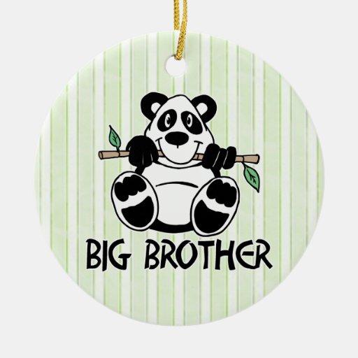 Muchacho hermano mayor de la panda adorno navideño redondo de cerámica