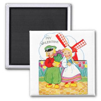 Muchacho holandés y chica de la tarjeta del día de imán cuadrado