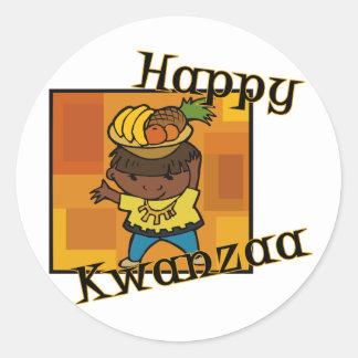 Muchacho Kwanzaa feliz Pegatina Redonda