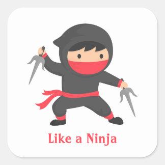 Muchacho lindo de Ninja con las armas de Sai para Pegatina Cuadrada