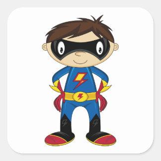 Muchacho lindo del super héroe calcomanía cuadrada personalizada