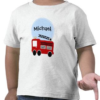 Muchacho personalizado del coche de bomberos camisetas