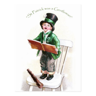 Muchacho que canta el día de la canción de St Patr Tarjetas Postales