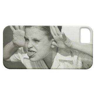 Muchacho que hace la cara iPhone 5 fundas