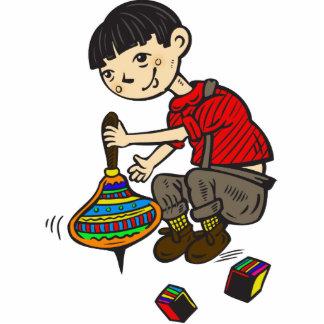 Muchacho que juega con los juguetes 2 esculturas fotográficas